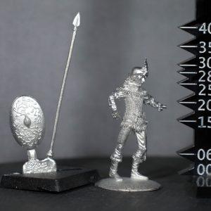TMM8002 Wood Elf Spearman in Chainmail
