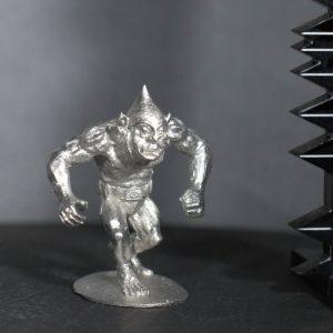 TMM88504 Unarmoured Heavy Goblin